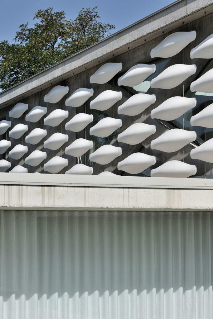 Maison contemporaine en beton brut haute savoie