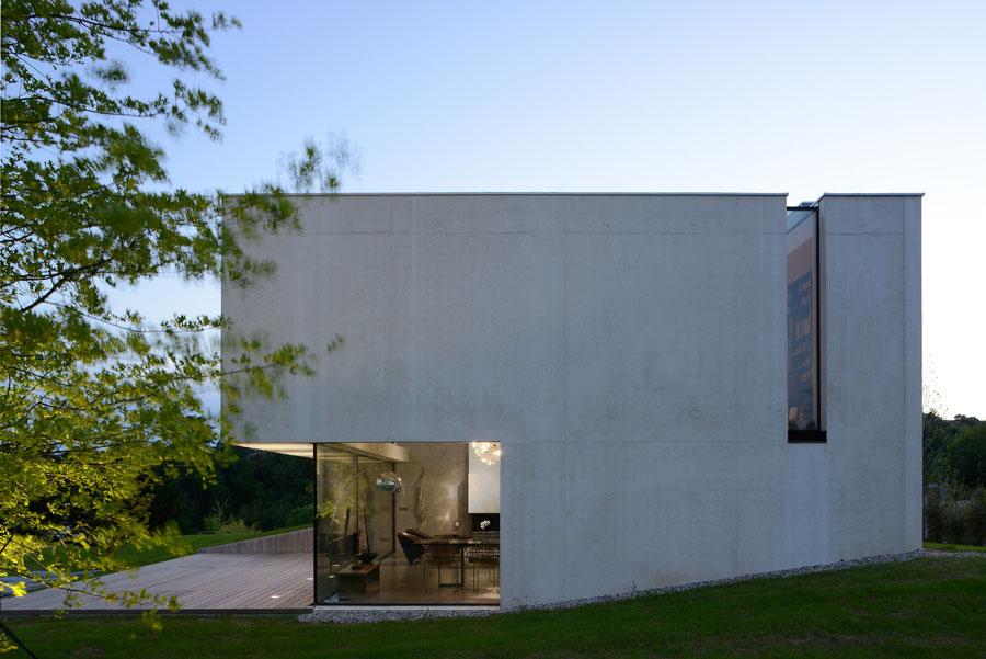 Pierre minassian architecture minimaliste beton brut chipster blister house lyon rhone