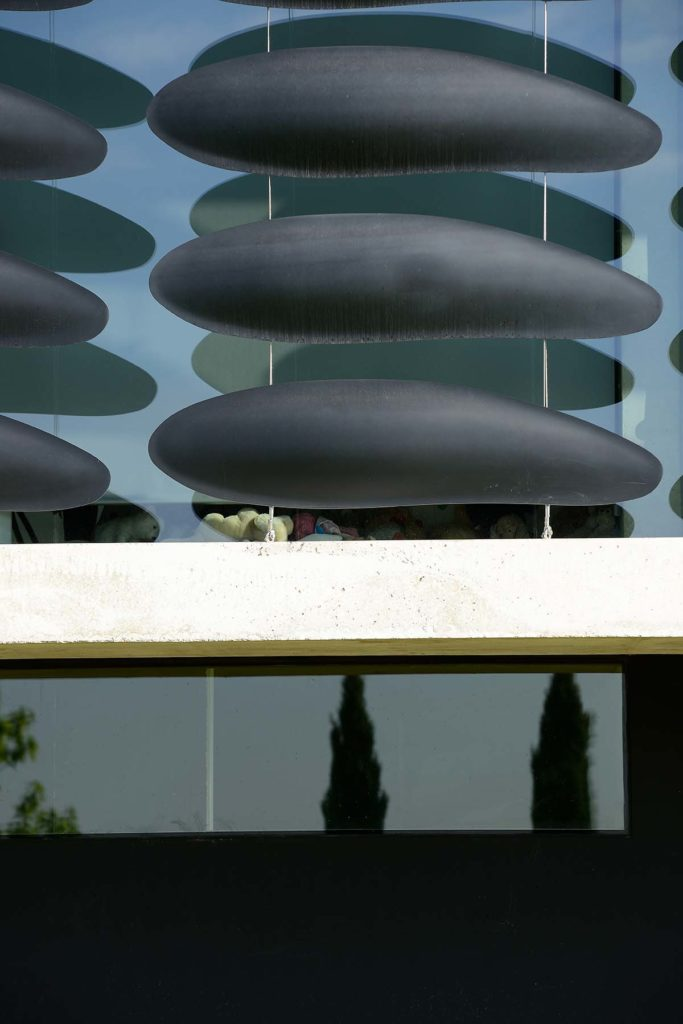 maison contemporaine par pierre minassian architecte en structure metallique a evian