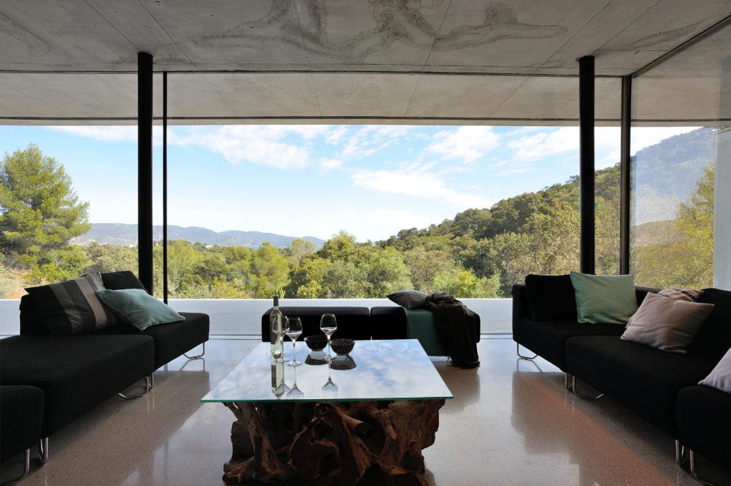 maison-mira-ra -01-aum-minassian-architectes-architecture-maison-contemporaine-materiaux-beton-acier-brut-sud -france (29)